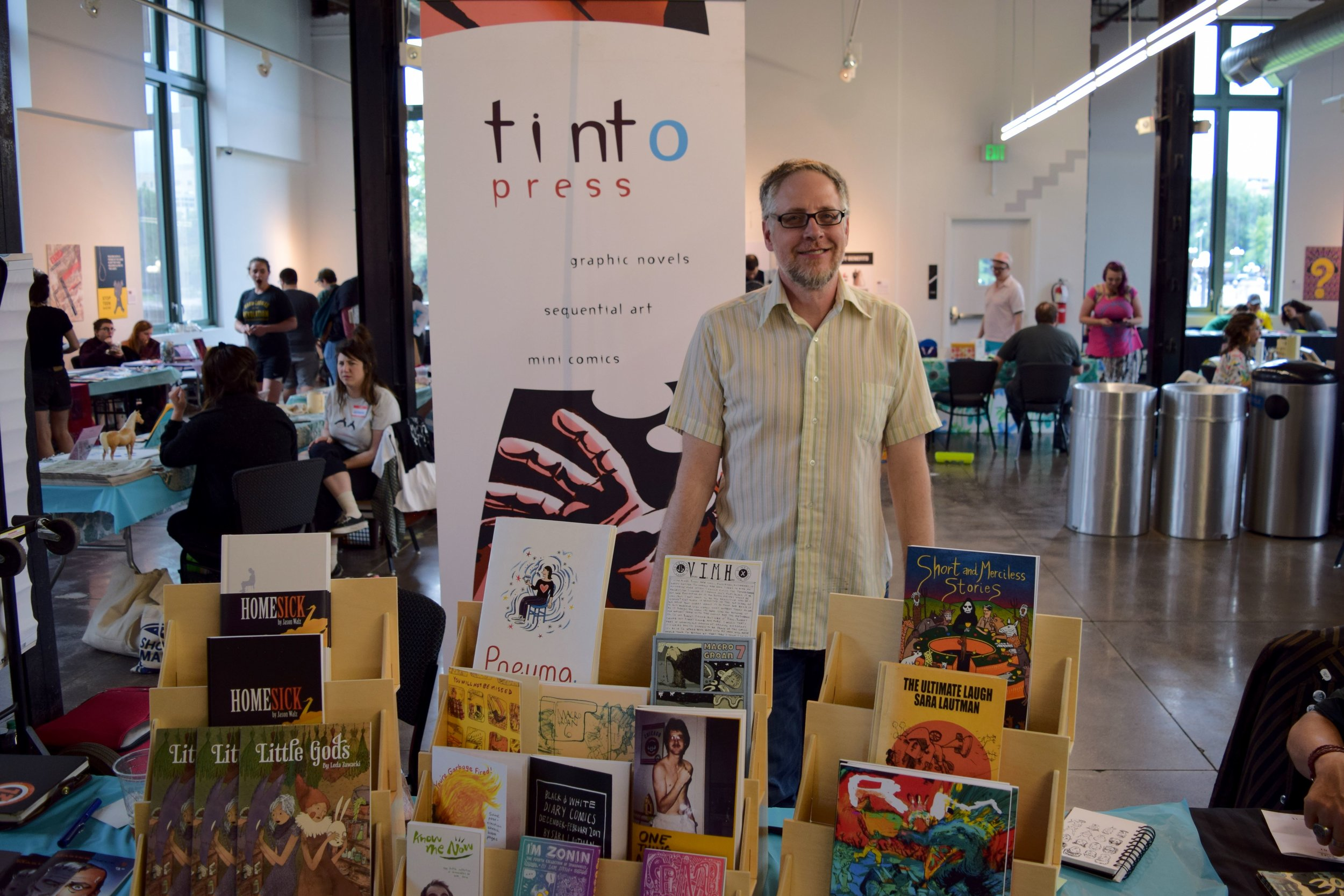Ted Intorcio  of  Tinto Press  at  Denver Zine Fest 2018 .