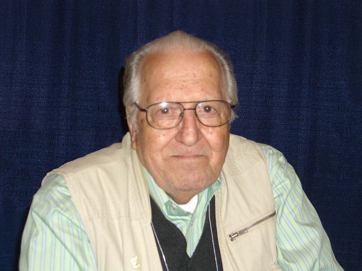 Nick Cardy at NYCC 2008.