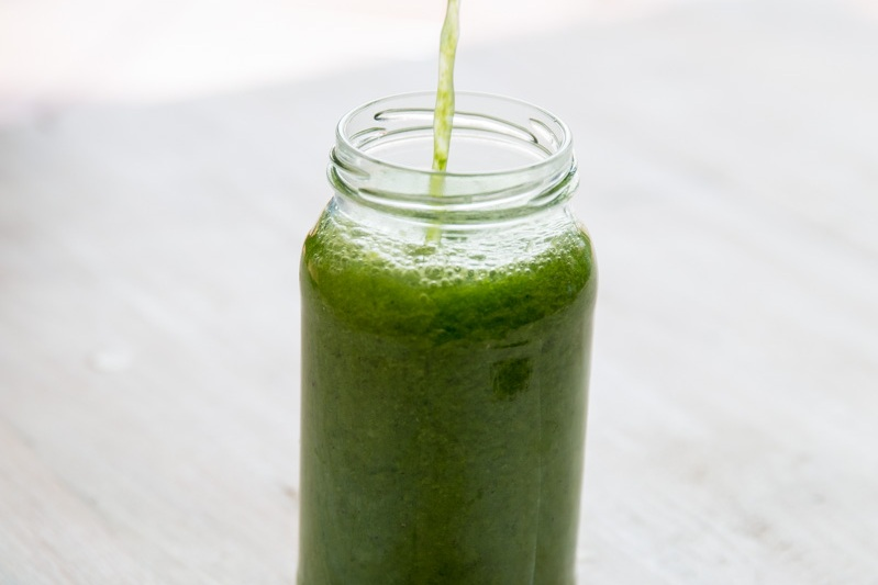 GREEN TEA, KIWI & LIME SMOOTHIE