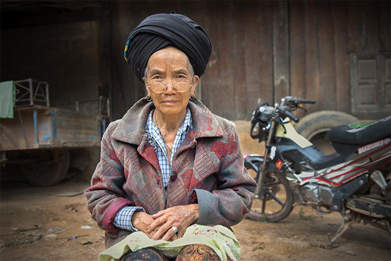 Yao Motorbike Granny