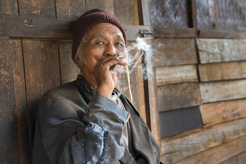 Lantan Spliff Mon Smoking.jpg