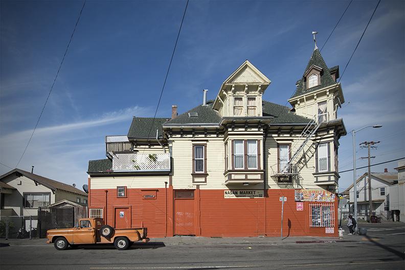 Orange House Orange Truck crop V.jpg