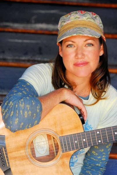 melissa_disney2_Guitar 242[1]Small-1.jpg
