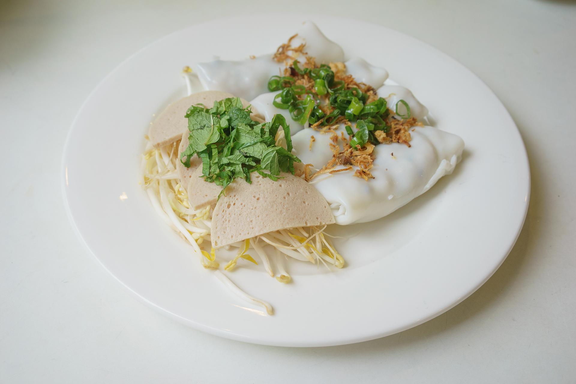 Winter rolls ~ banh cuon
