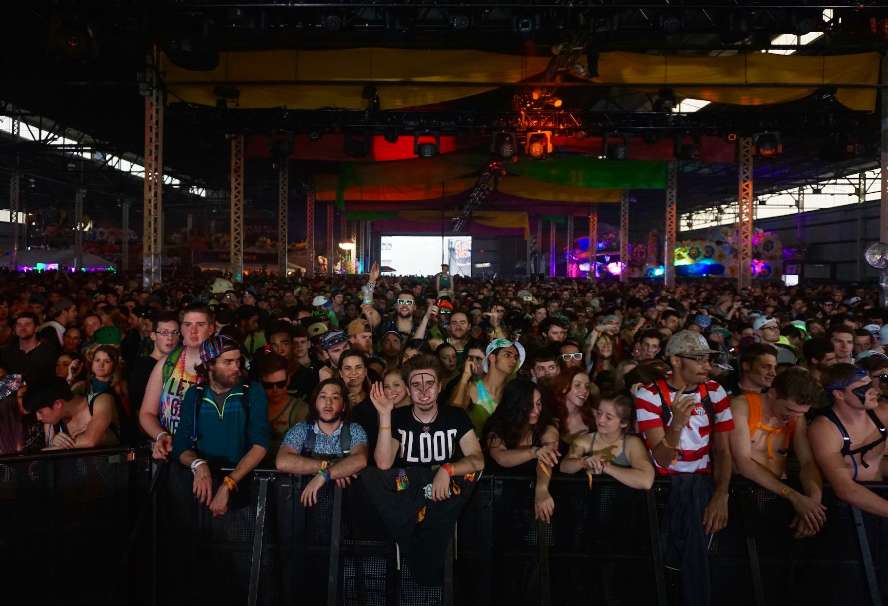 Crowd Picture.jpg