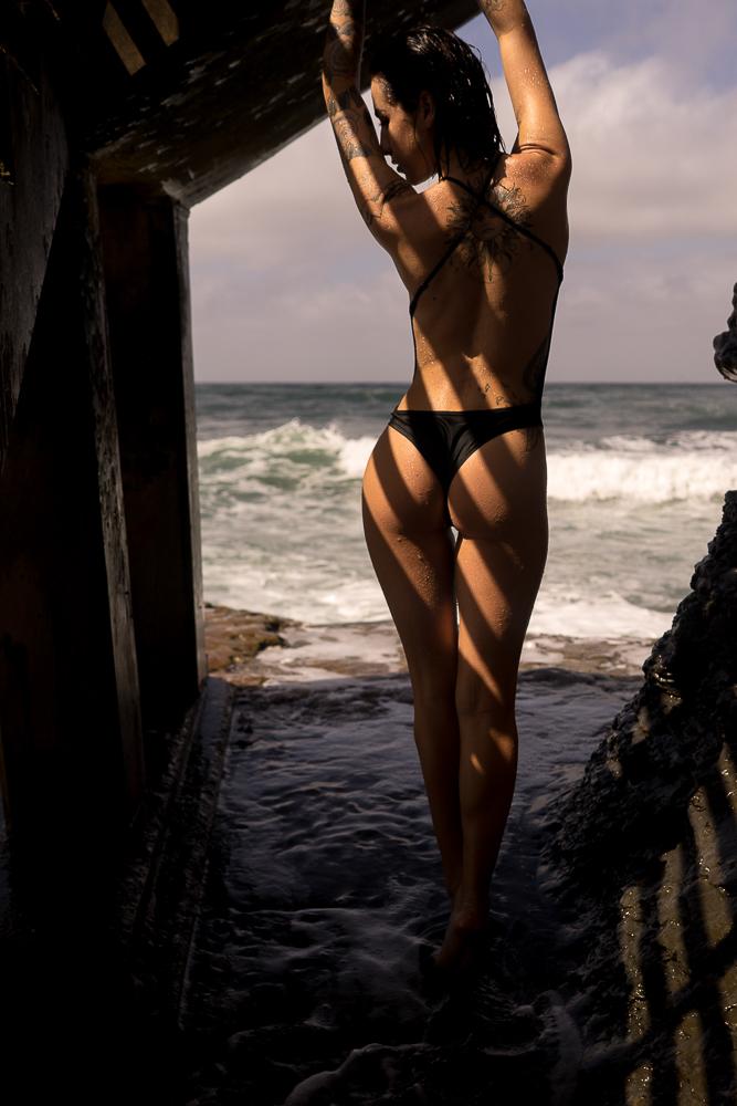 Dani at the Beach-05547.JPG