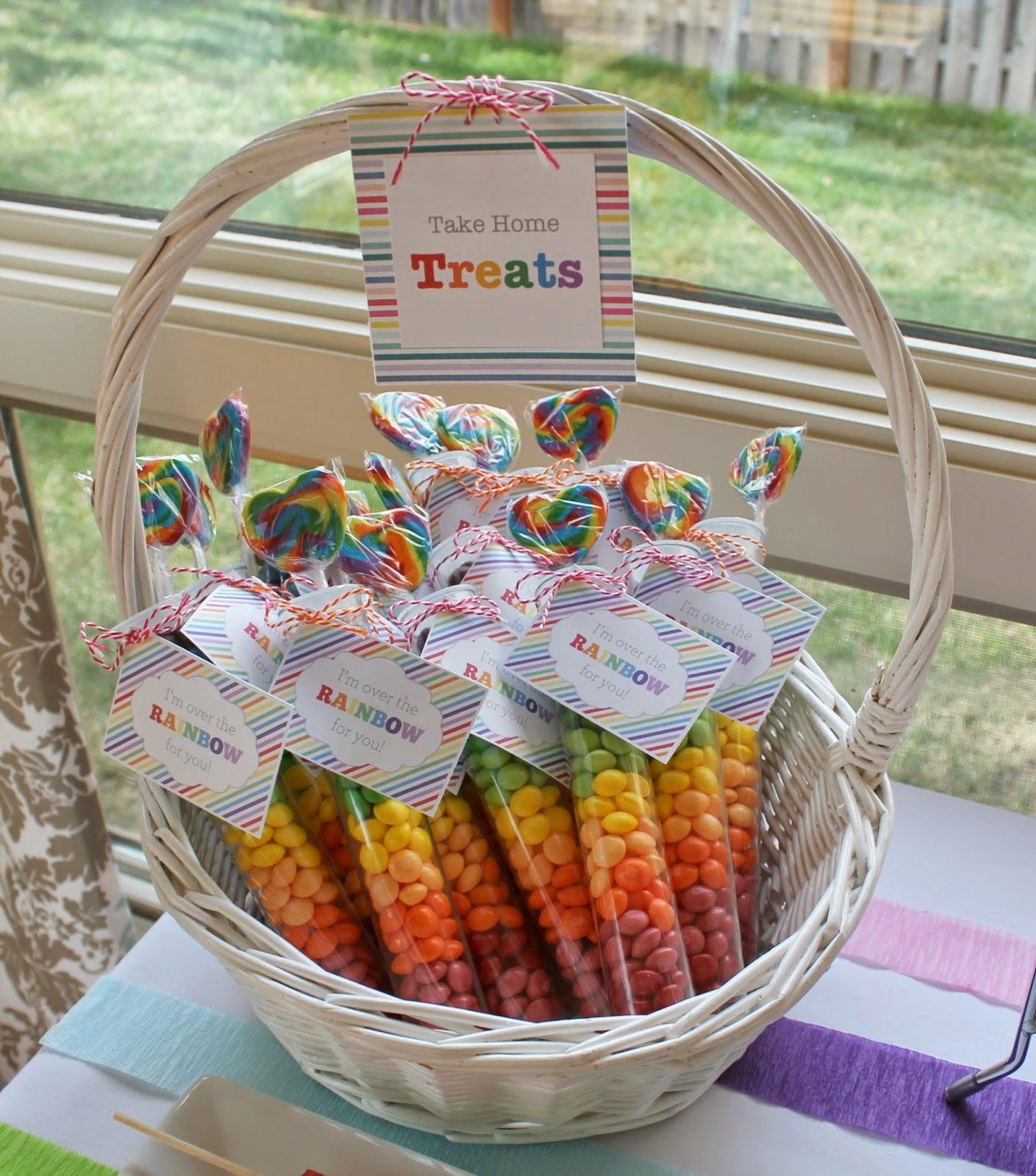 Rainbow+take+home+treats.jpg