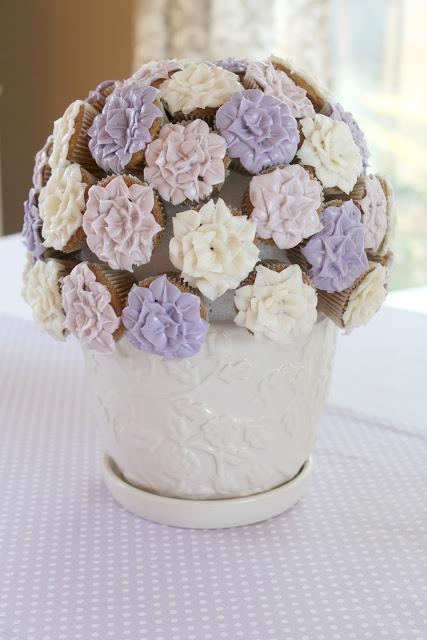 potted+mums+cake.jpg