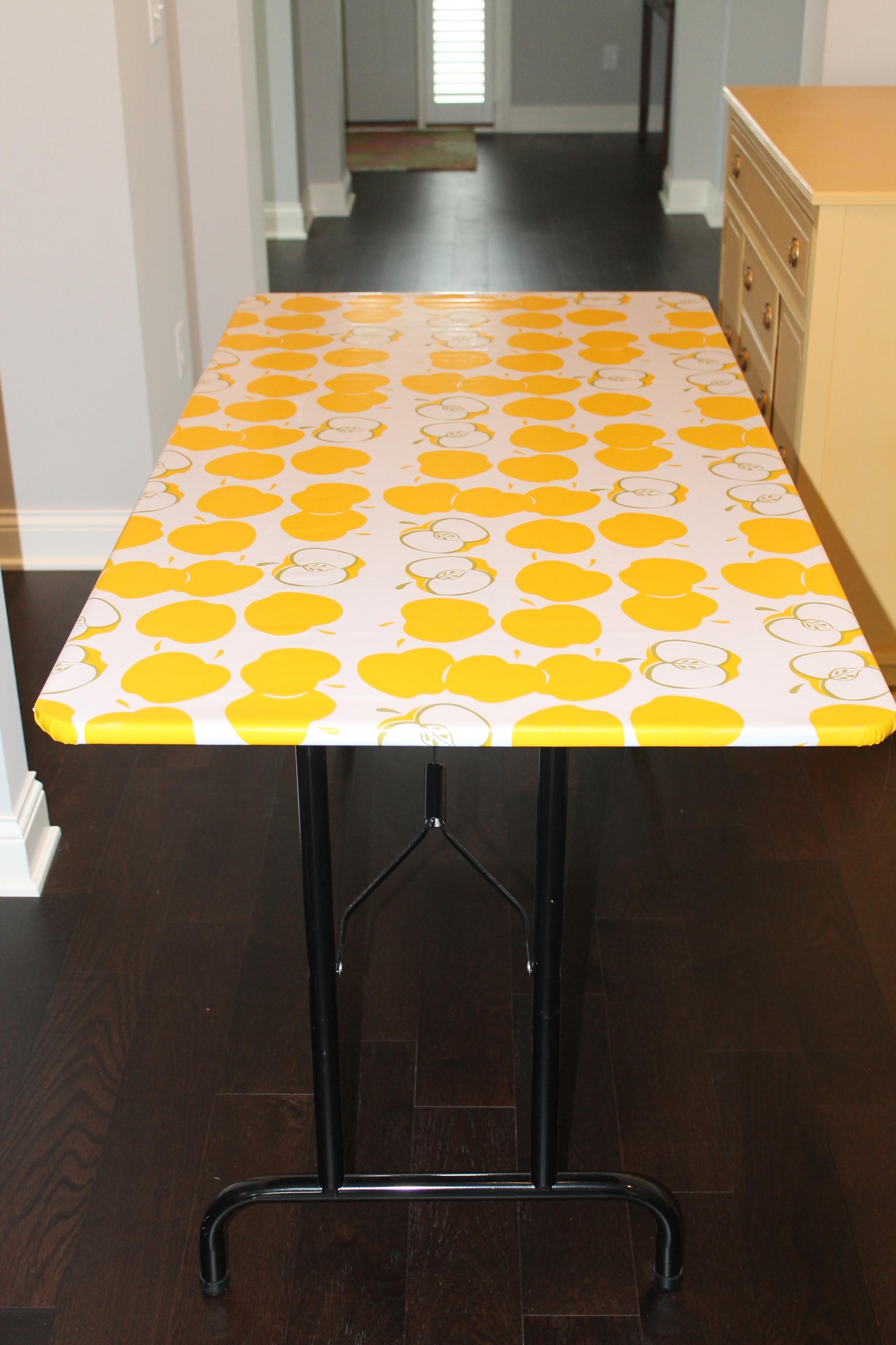 Table for Wallpaper