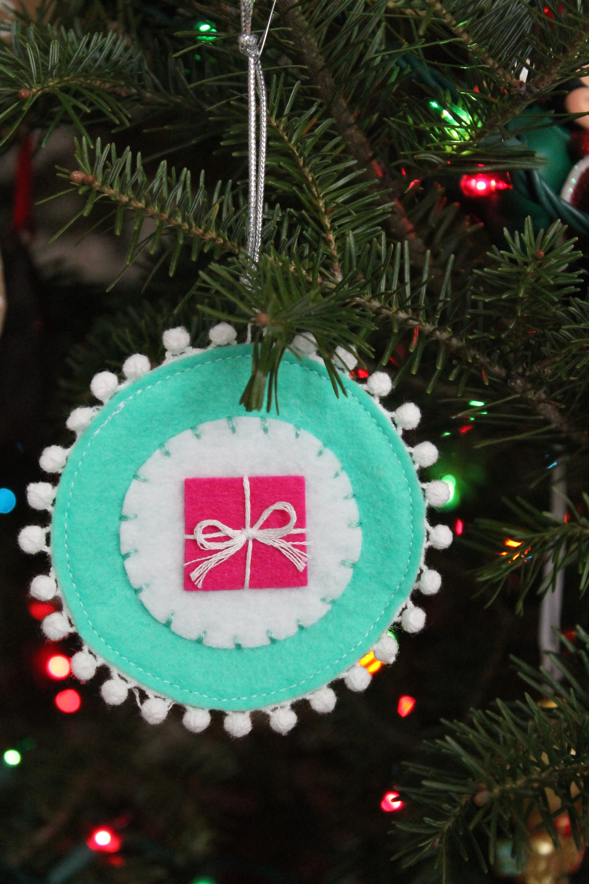 Handmade Gifttag and Ornament