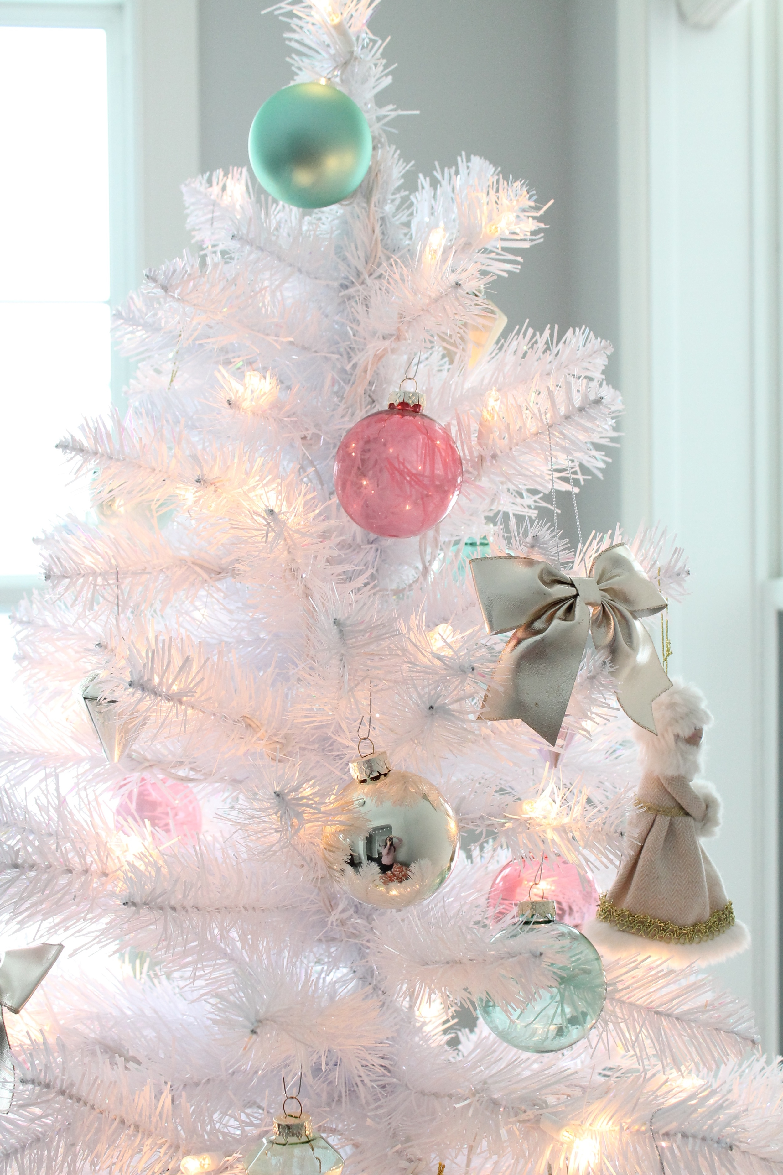 White Christmas Tree With Aqua and Pink Ornaments