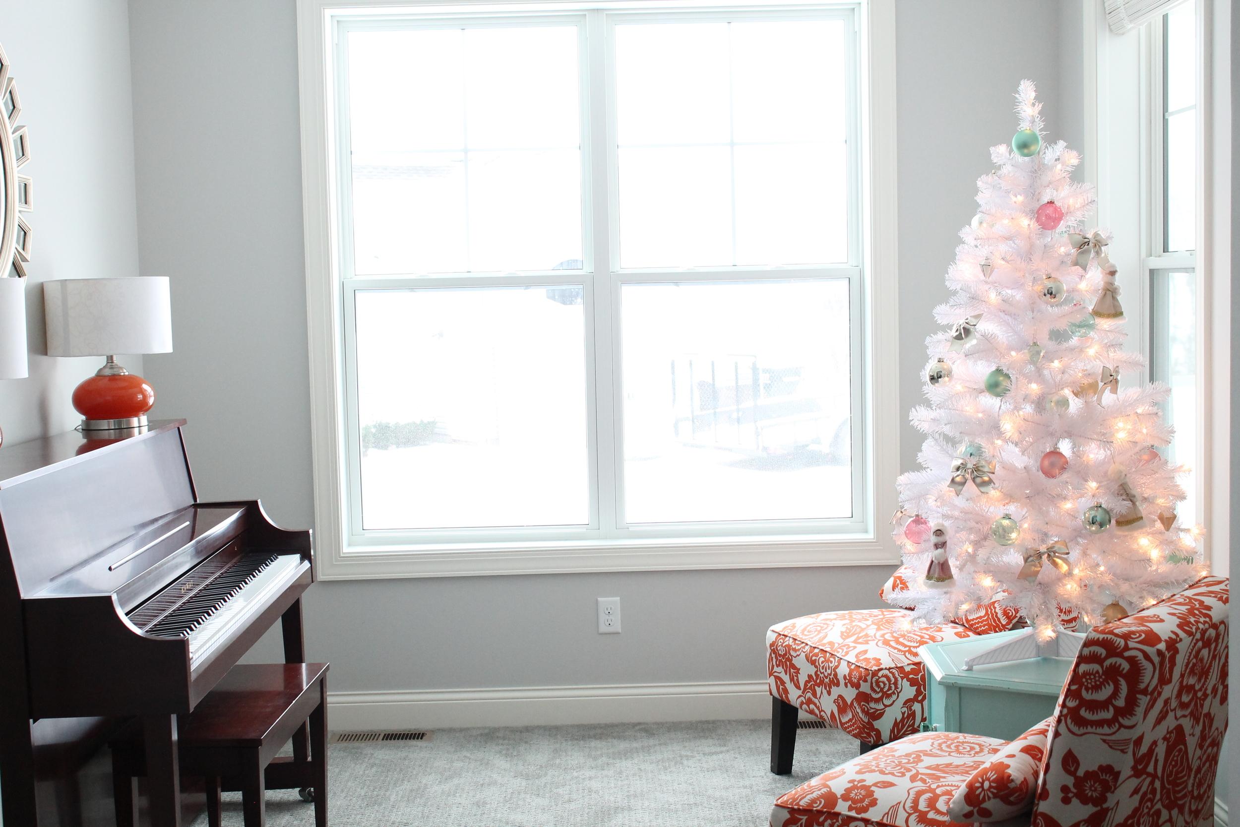 Christmas Piano Room With White Christmas Tree