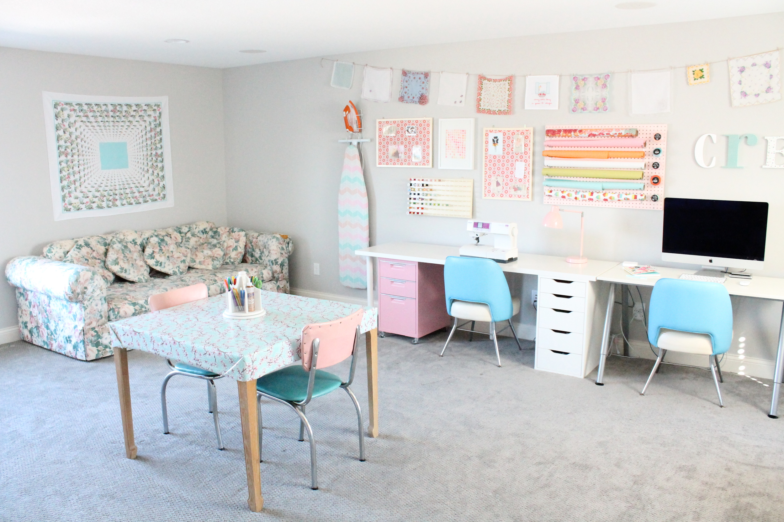 Family Craft Studio. Love how everyone in the family can share this creative space. A perfect craft room for sewing, scrapbooking or just hanging out and reading.