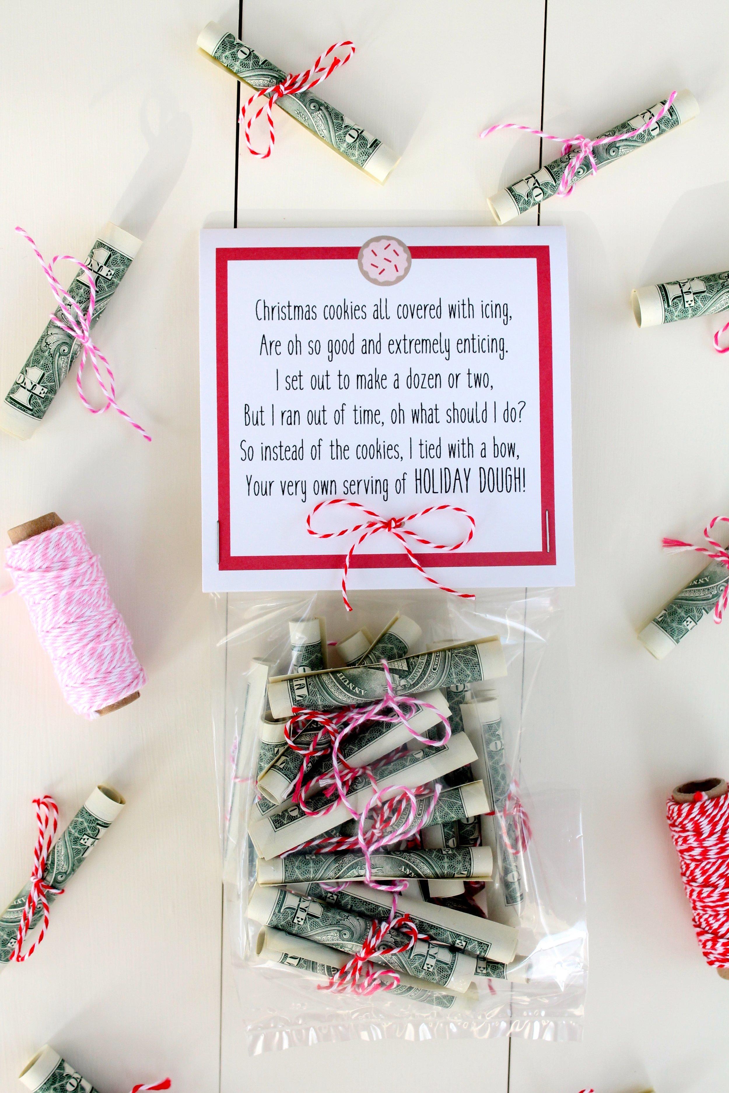Free Christmas Money Printable. A fun way to give cash for Christmas.