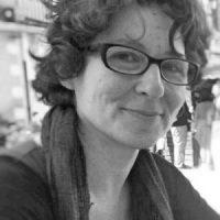 María Díaz Tebar :  Diplomada en Biblioteconomía y Documentación por la Universitat de Valencia, Máster en Gestión de la Información por la UPV. Con amplia experiencia en el mundo de las bibliotecas. En la actualidad trabajo como freelance en el mundo de la gestión de la información y la gestión cultural.   + info: enlace a Linkedin
