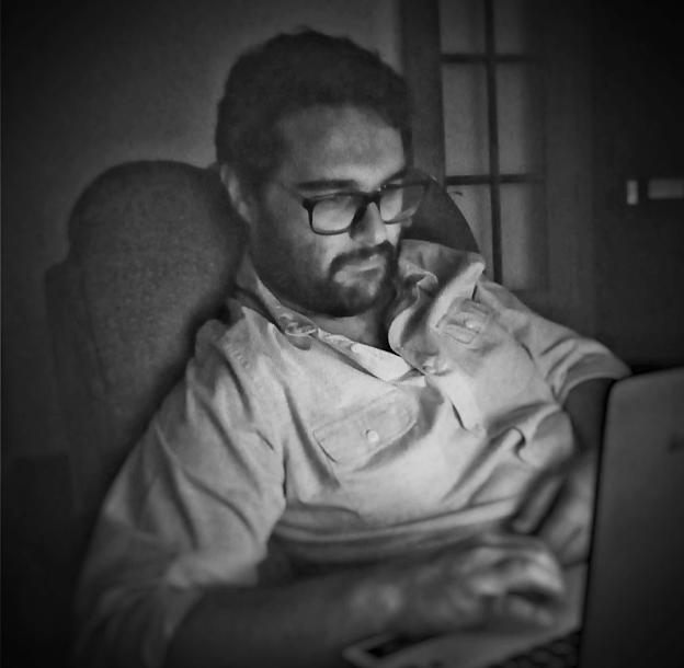 David Azorín Richarte   Licenciado en Documentación y Máster en Gestión de la Información por la Universitat Politècnica de València. Trabajé en el mundo del márketing online y la gestión de la información es parte de mi vida. Mi terreno actual son las Bibliotecas Escolares. Soy #bibliotecariescolar.   + info: enlace a Linkedin