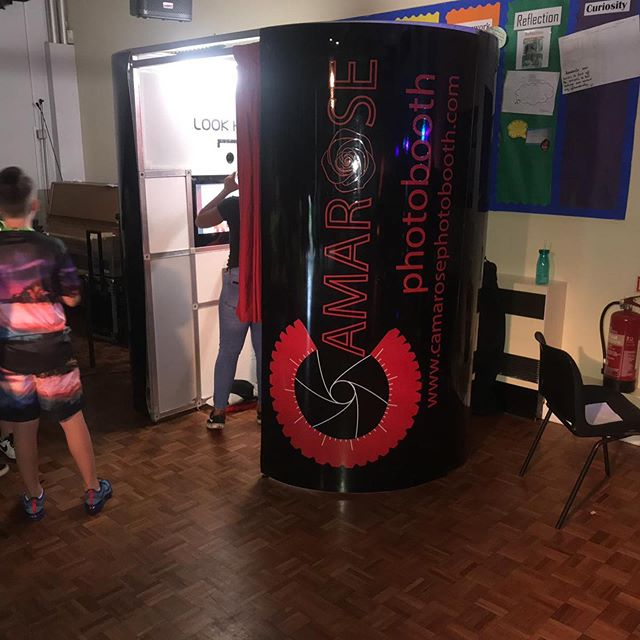 Tonight's celebrations brings the @camarosephotobooth team to our final leavers prom for the summer. Thinking photo booth? Think Camarose Photo Booth to add that special touch to your ocassion 📷 🌹  #photobooth #props #bookus #hireus #fun #family #friends #party #celebration #booth #camarose