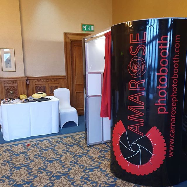 At a venue that is becoming a fast regular for us for a beautiful wedding. Thinking photo booth? Think Camarose Photo Booth 📷🌹#Wedding #PhotoBooth #MagicMirror  #AllOcassions #Camarose
