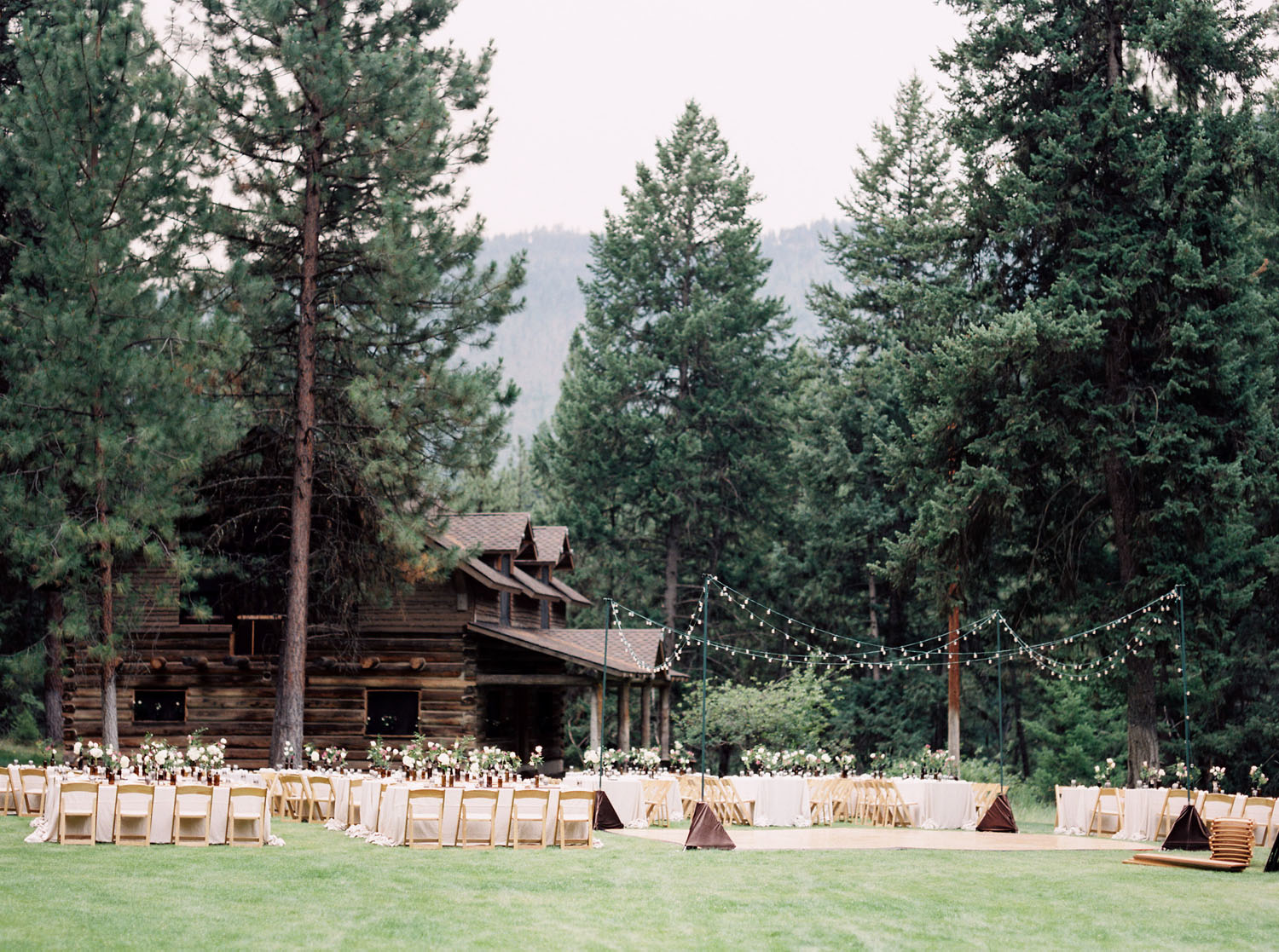 Riverside wedding planning in Montana
