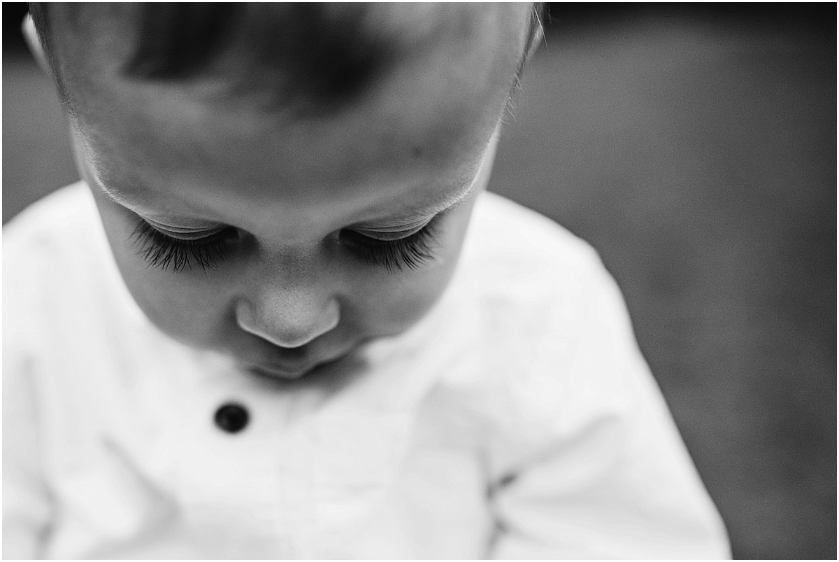close up shot of two year old boy's eyelashes  | Central Florida Family Photographer