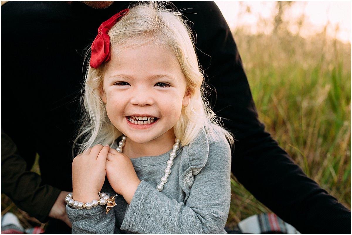 little girl laughing | orlando family photographer