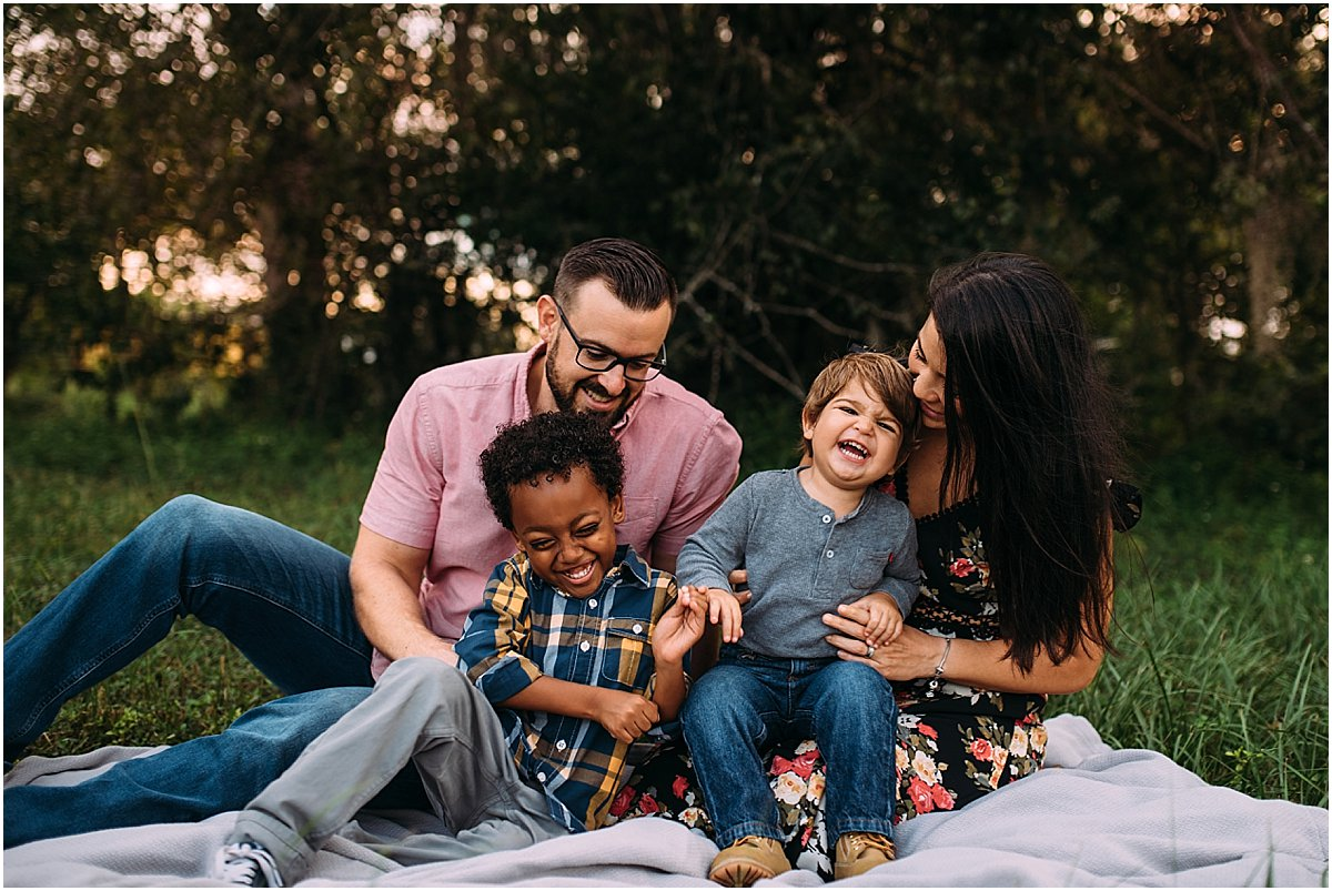 Family giggling together | Orlando Family Photographer