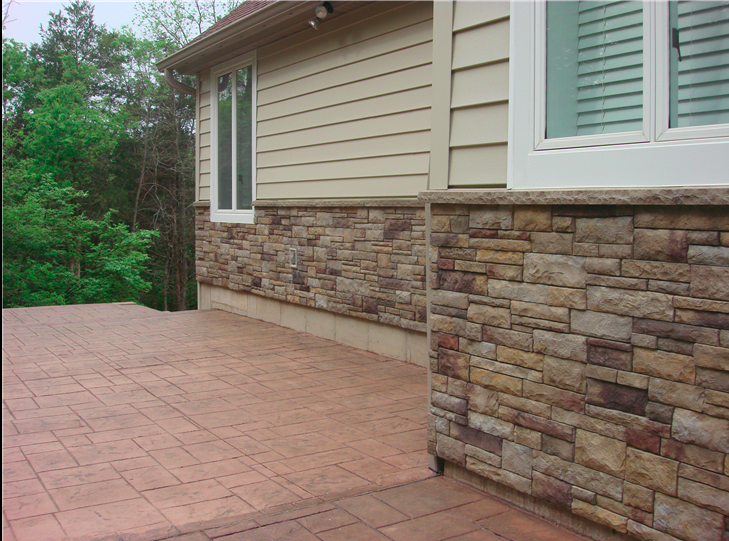 Stone siding on the bottom 2.png
