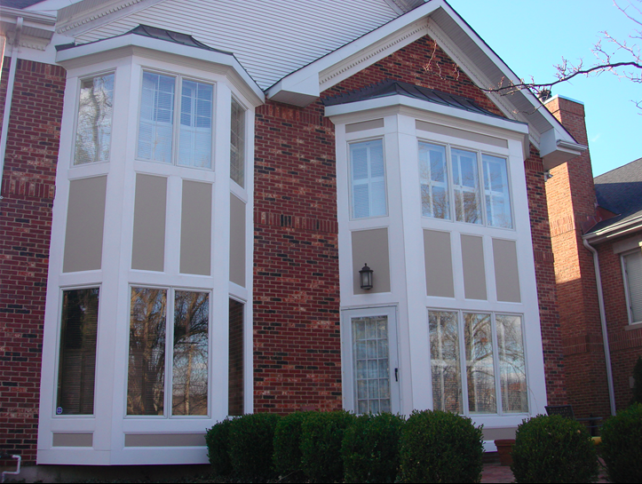 two sets of bay windows.png