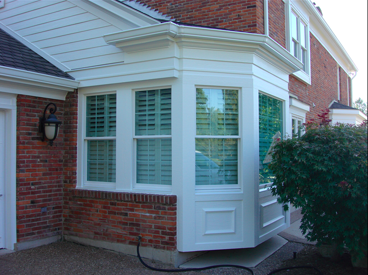 Bay windows at the corner of the home.png