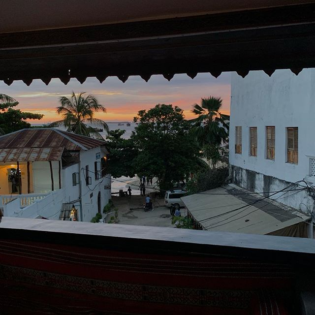 The view that never gets old . . . . #zanzibar #zanzibarisland #destinationzanzibar #tourzanzibar #zanzibarfood #silkrouteznz  #thesilkroute #stonetown #hakunamatata #indianfood #india  #spicetrade #spiceroute #foodblog #marketfresh #instatraveling #instafood #traveltoeat #travel #explore #foodie #tanzania #safari #beach #vegan #foodstagram #foodlovers #dessert #foodstyling #zanzibarfood