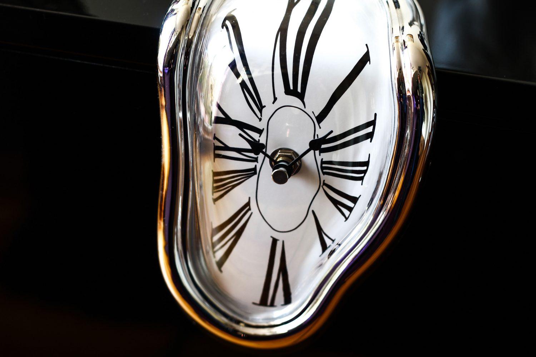 time-distortion-.jpg