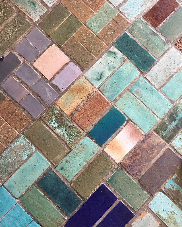 Obsessed with this tiled floor 😍