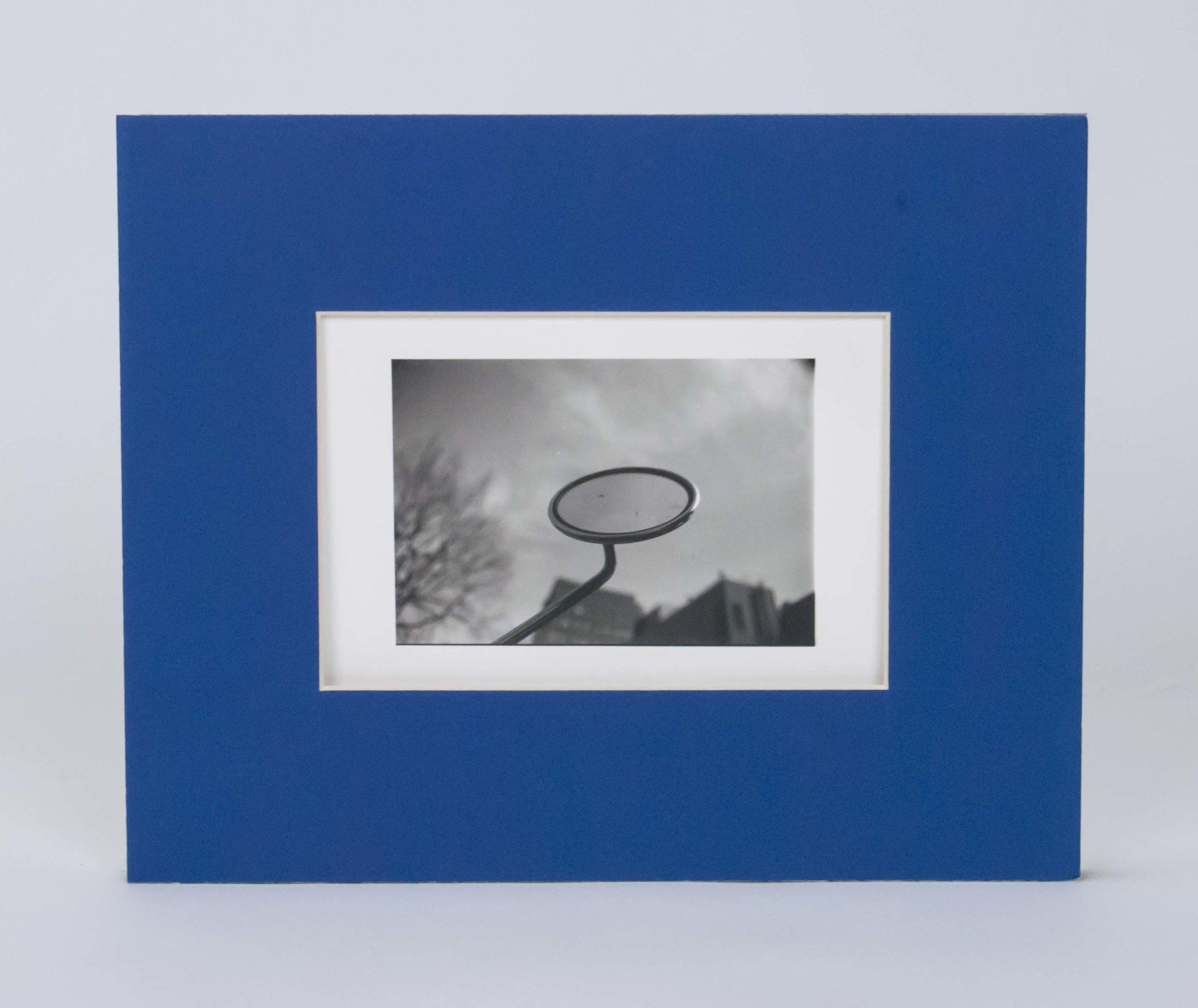 Serendipity. - Philadelphia, PA. 2016.Silver gelatin print in 10