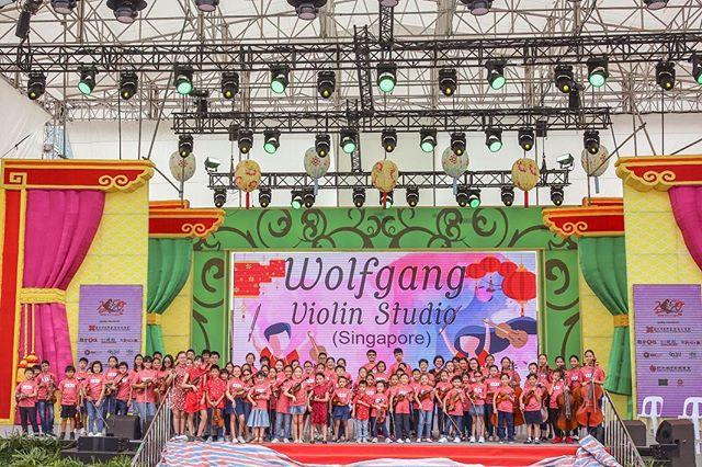 Our first time performing at #riverhongbao and these 80 kids pulled of a great show! . . . . . #riverhongbao2019 #wolfgangviolin #youngmusicians #violin #viola #cello #kidsperforming