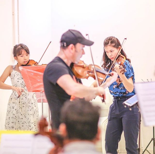 Rehearsing with @igudesman for Strings of the World this weds 7pm at Esplanade Recital Studio! . . . . #wolfgangviolin #stringsoftheworld #violin #cello #viola