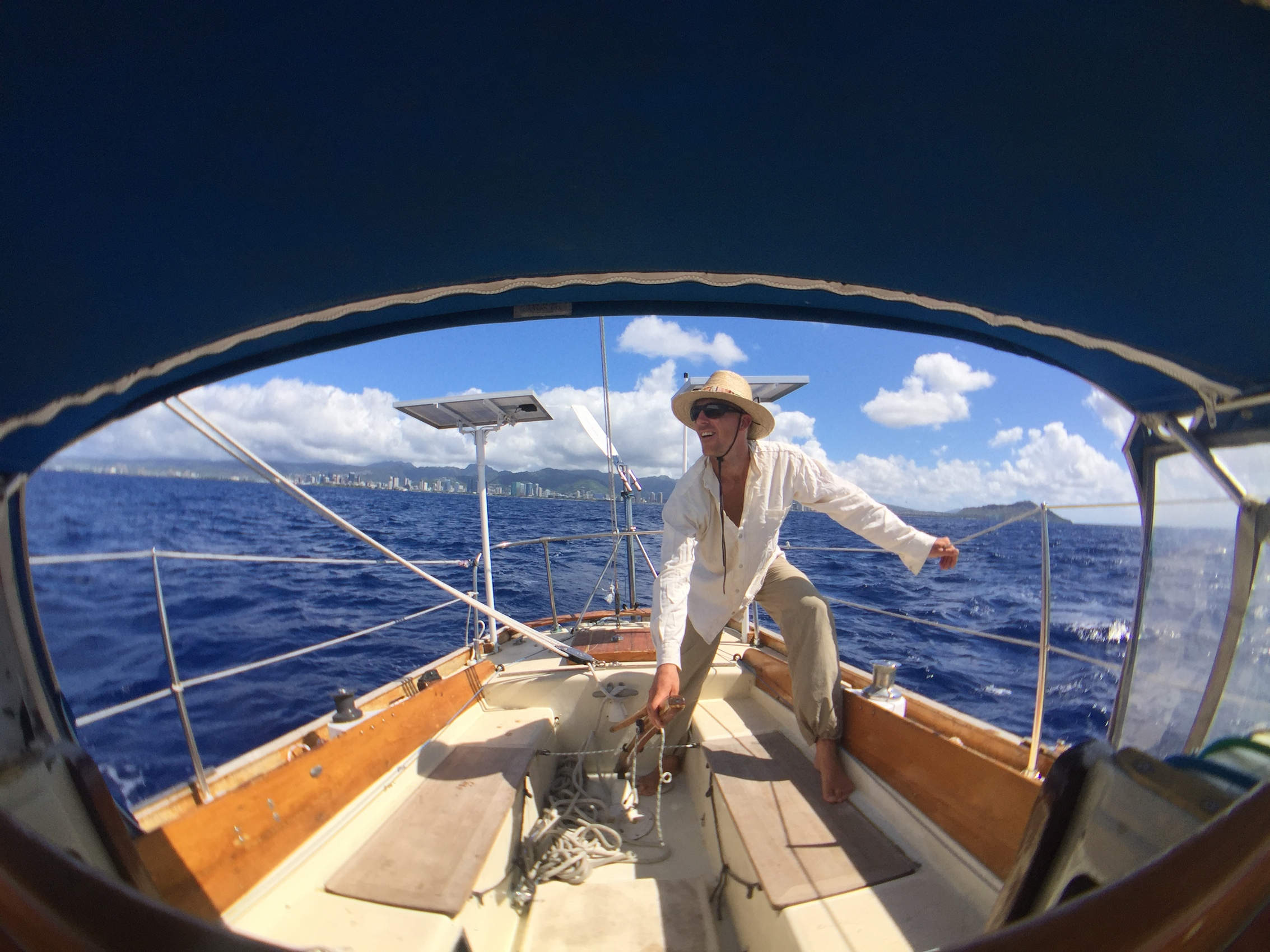 Sailing solo away from Hawaii. www.routesofchange.org.JPG