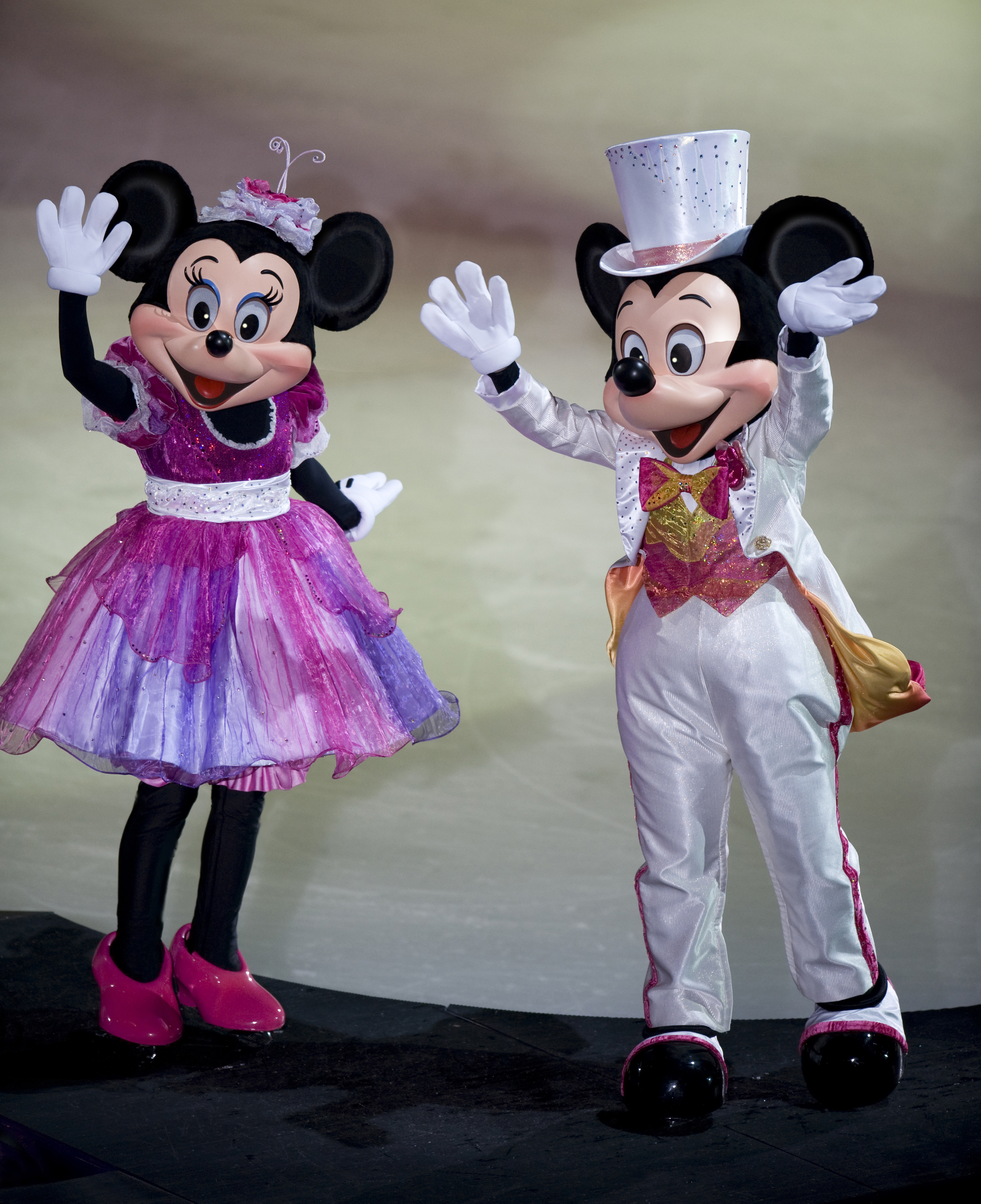DisneyWorldsfibaleMm.jpg