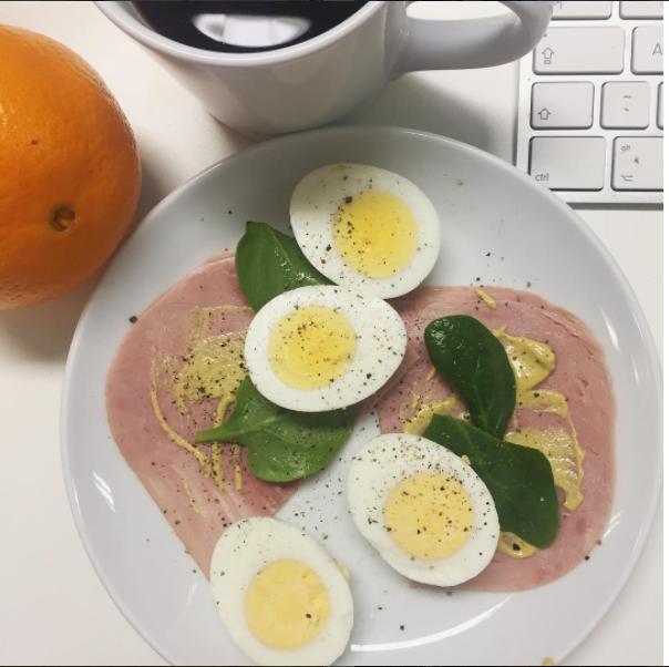 Rachel Redlaw eggs for breakfast