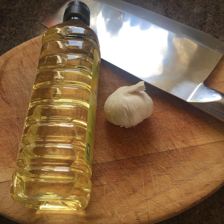 Rachel Redlaw Thai crispy fried garlic