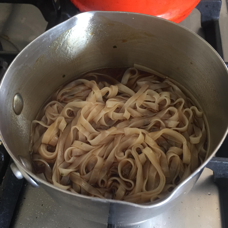 Rachel Redlaw chilli squid with noodles