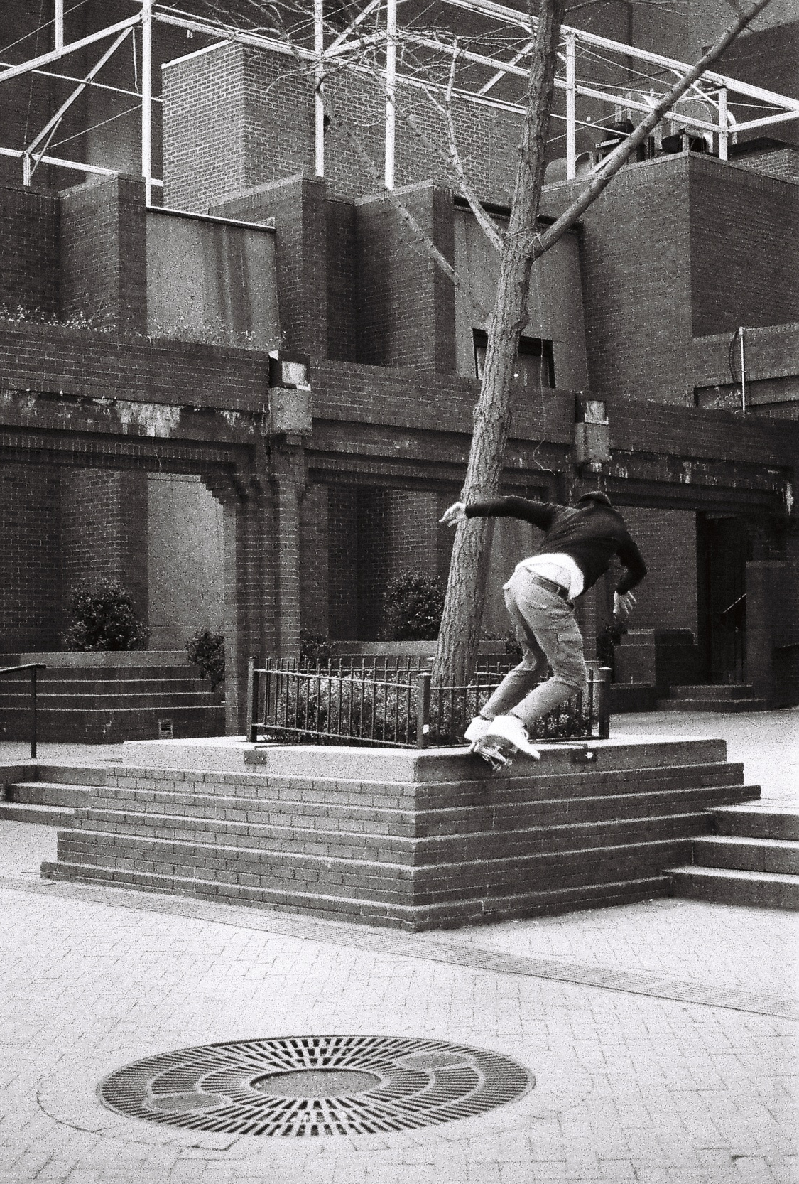 Steve Botsford - Gap out to 180 nosegrind.