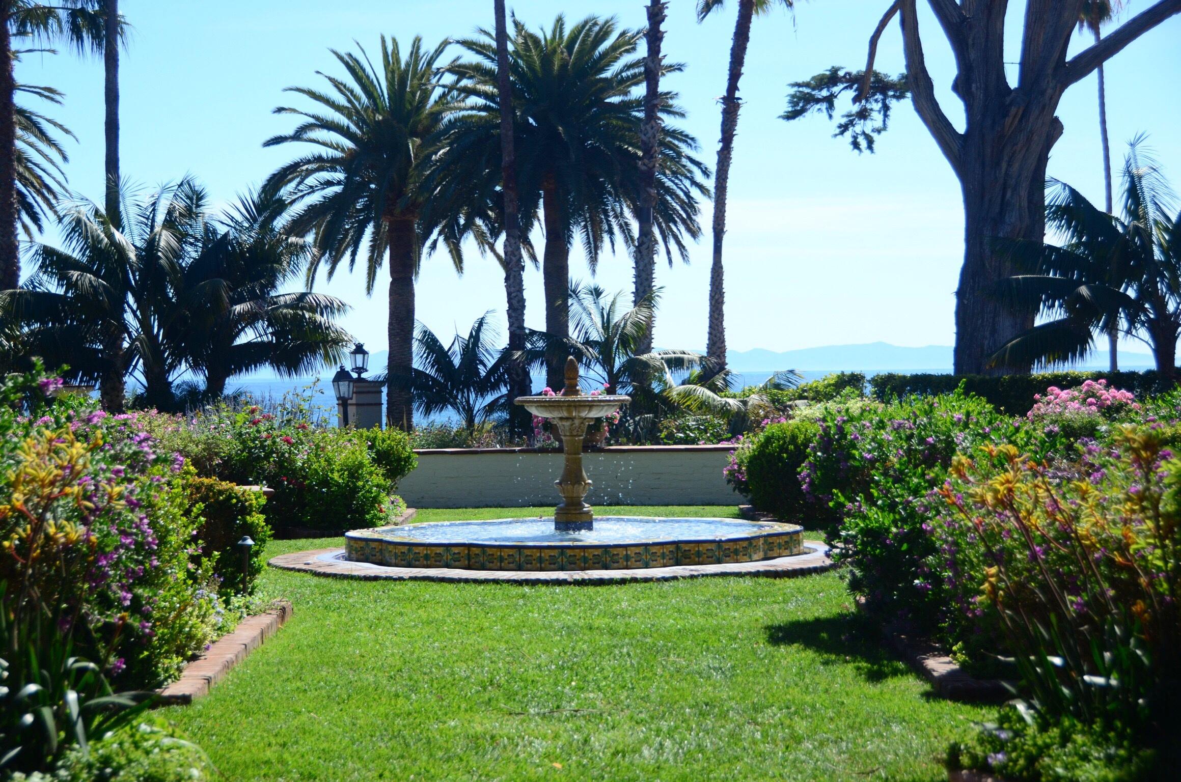 Four Seasons Resort The Biltmore Santa Barbara Front Lawn