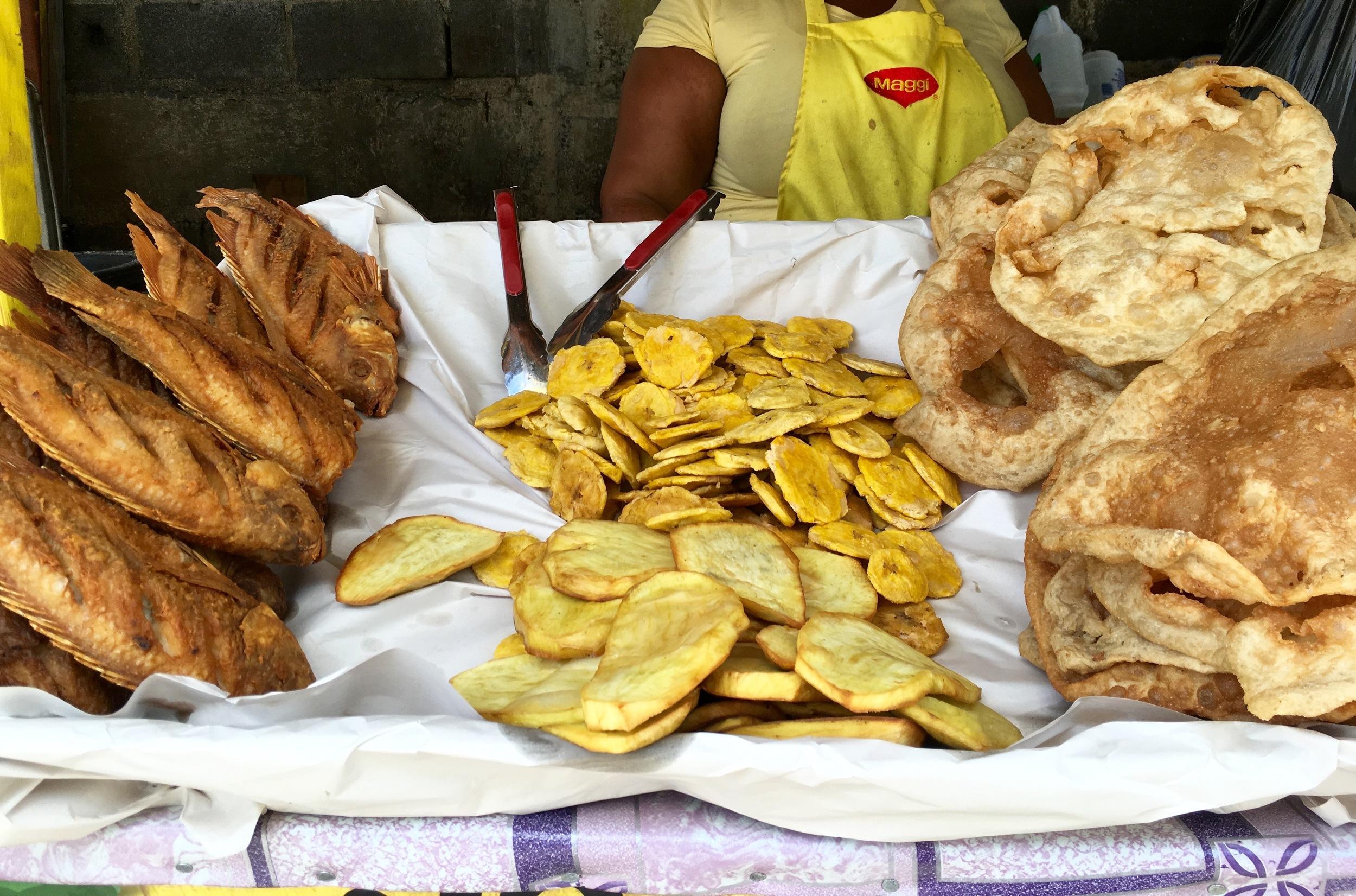 Pescado Frito, Tostones, & Yaniqueques