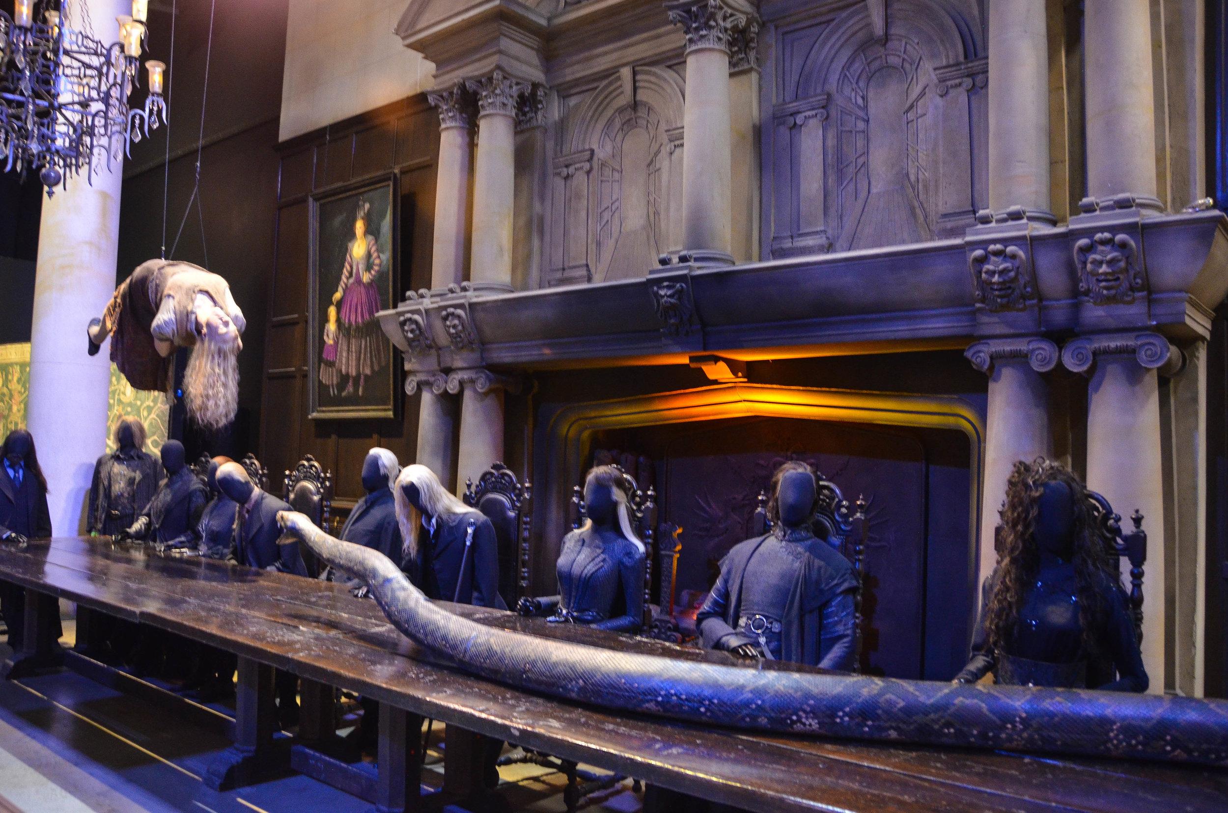 Malfoy Manor Harry Potter 1.jpg