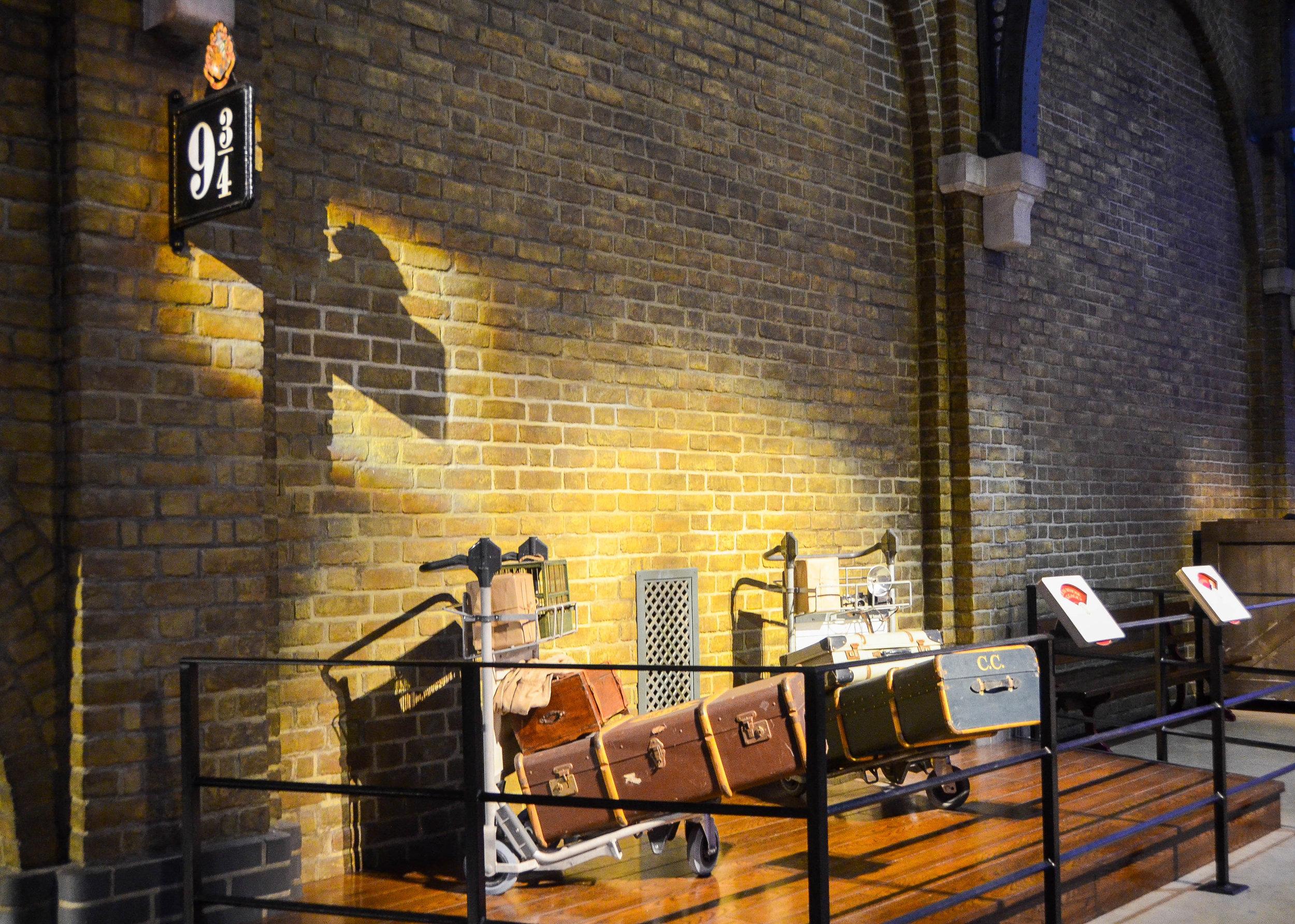 King's Cross Harry Potter Studio.jpg