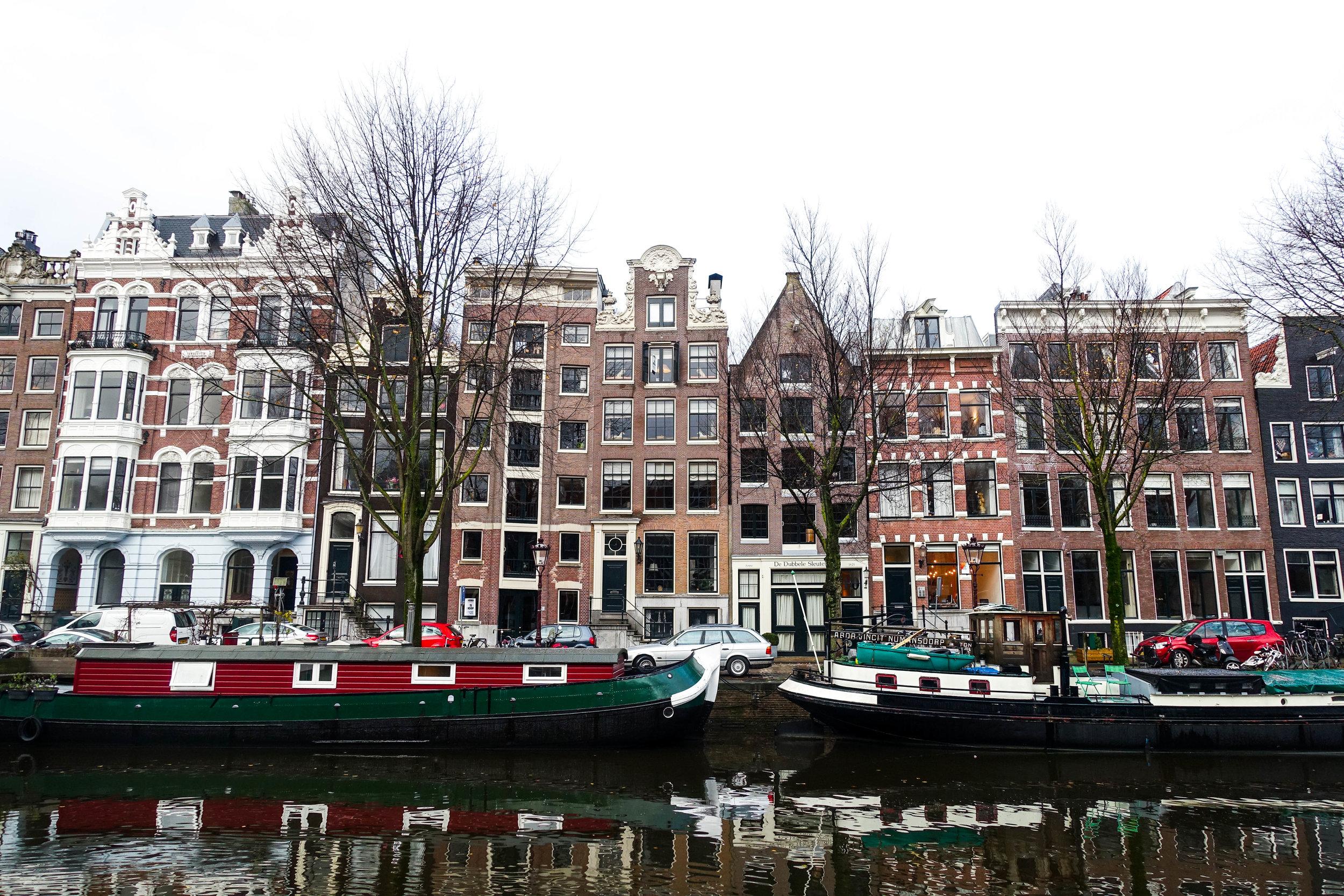 amsterdam canal9.jpg