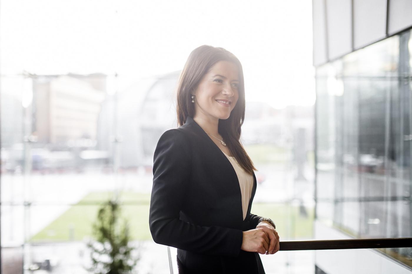 CV promotional business portrait photo