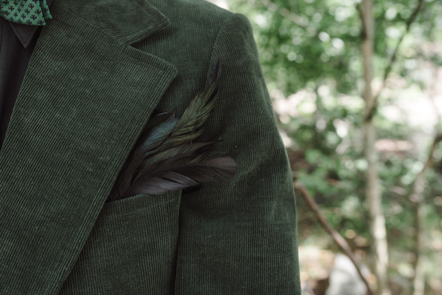groom's feather lure
