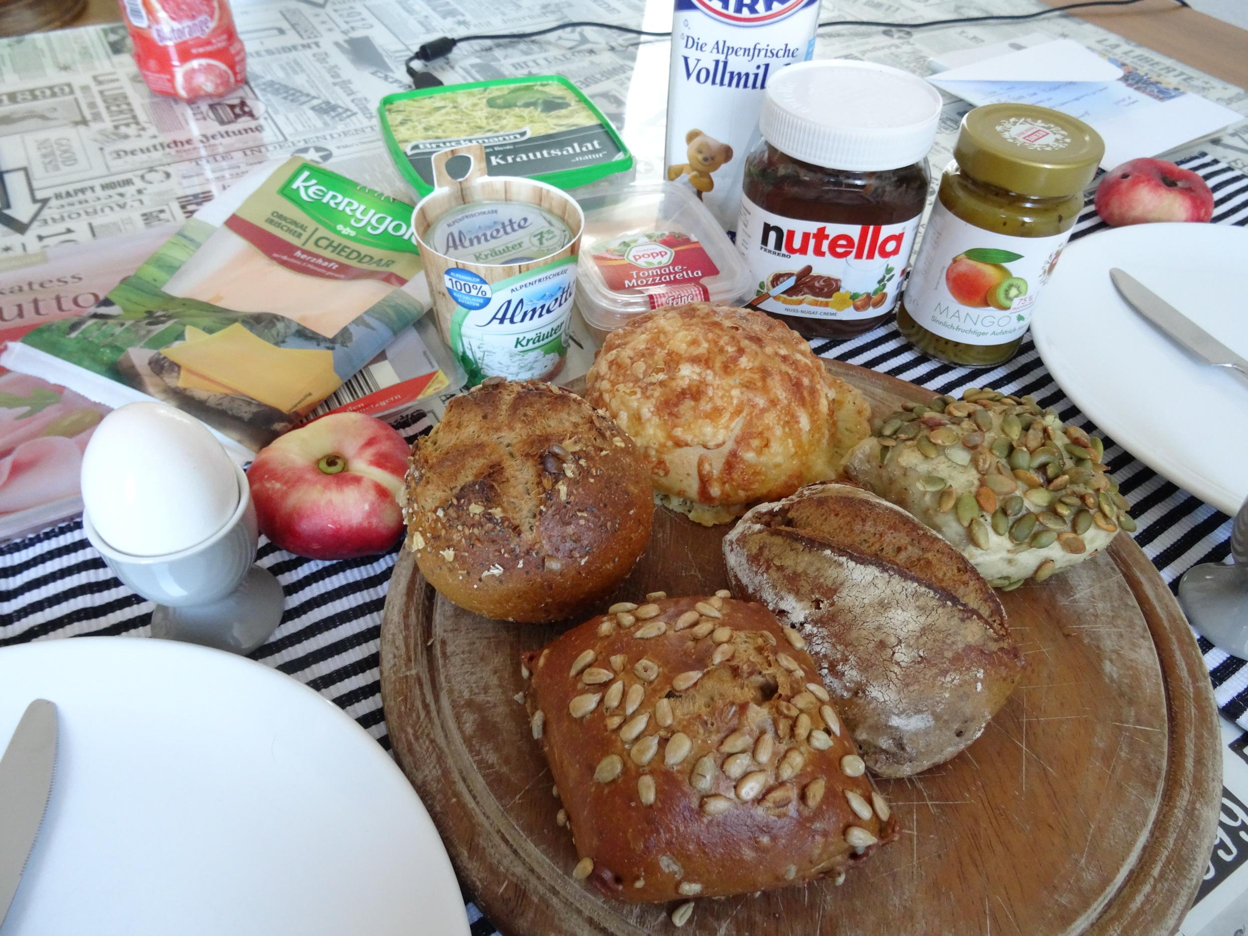 22.Aug 2015 : frische Brote von der Bäckerei