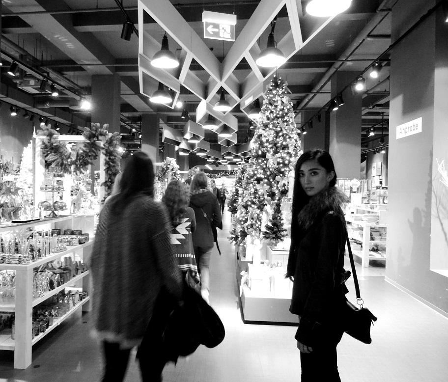 26.Nov.2015 : Einkaufen im Kaufhof